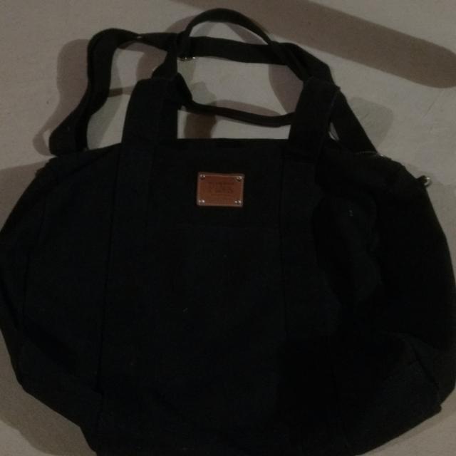 PINK (VS) Large Black Bag