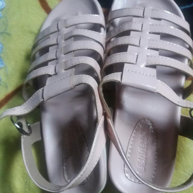 sandal Sepatu Connexion