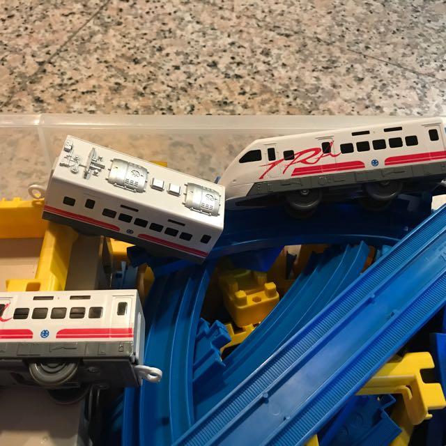 Tomy火車組