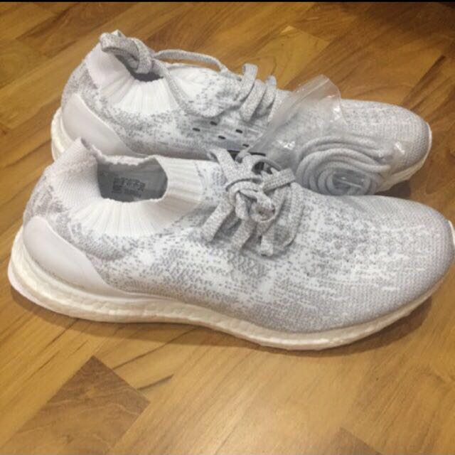 hot sale online c86d7 35d16 US 9.5 -3M- Adidas Ultra Boost Uncaged Reflective White, Men s Fashion,  Footwear on Carousell