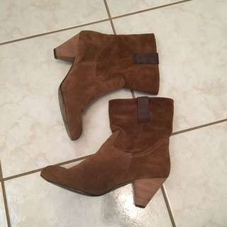 Women's Suede Size 10 Boots