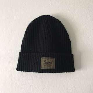 Herschel Hat XS