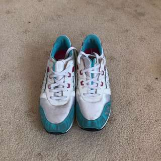 Asics Blue Pink & White Size 8