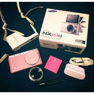 Samsung Nx Mini 類單眼相機 (粉紅色)