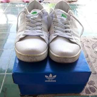 Sepatu ADIDAS STAN SMITH (Made In Vietnam) With BOX