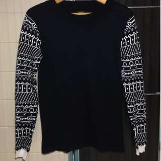sweater navy tribal bergaris