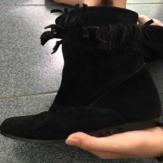 Boots All Black