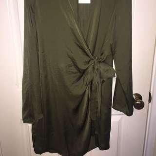 Wrap Dress (khaki)