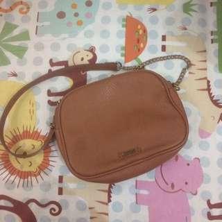 Sling Bag Pull & Bear Cokelat