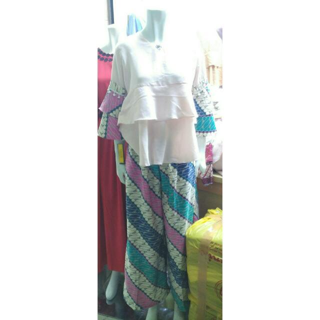 1 set baju + celana kulot batik