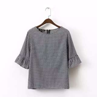 Checkered fluffy sleeve blouse