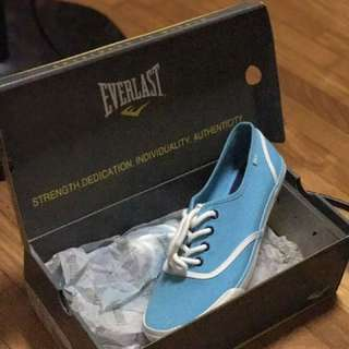 AUTHENTIC EVERLAST BLUE SNEAKERS