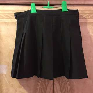 F21 Pleated Skirt