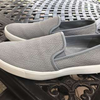 UNDER ARMOUR Ladies Slip-On Shoes