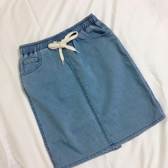 淺藍彈性牛仔裙