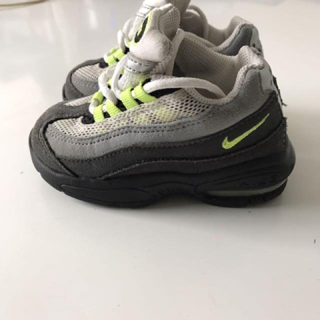 Airmax Boy's Shoes