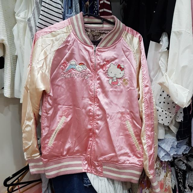 aad30b00e AUTHENTIC HELLO KITTY BOMBER JACKET, Women's Fashion, Clothes, Outerwear on  Carousell