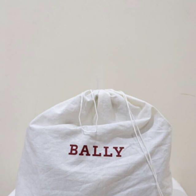 Bally - B Turn Medium