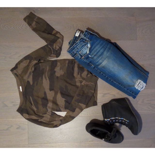 Camouflage Print Sweater By Garage