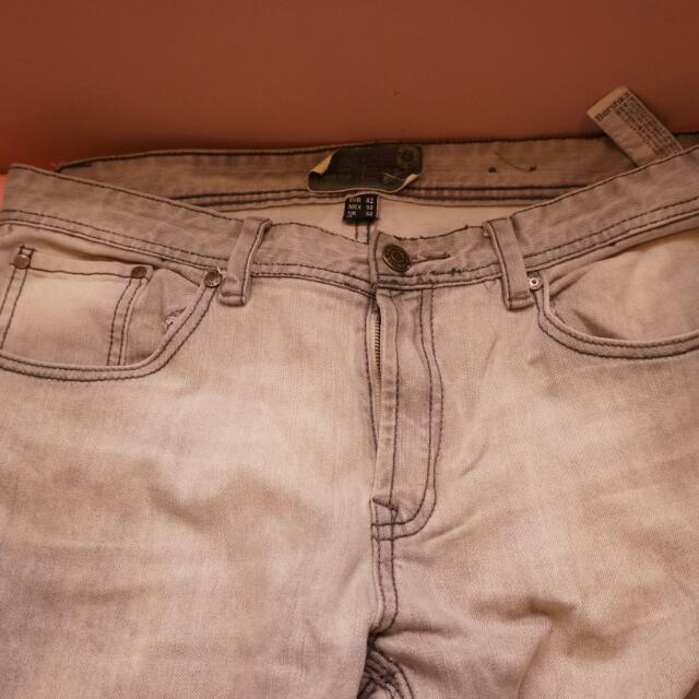 Celana Panjang Bershka Size 32