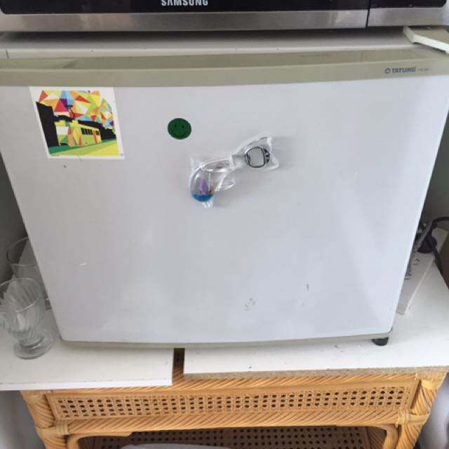 Classic Bar Fridge With Freezer