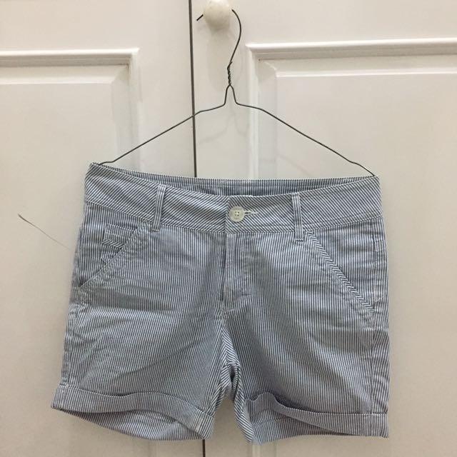 ET CETERA Blue-White Stripe Shorts