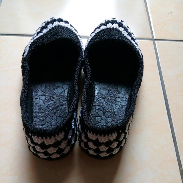 flatshoes rajutan