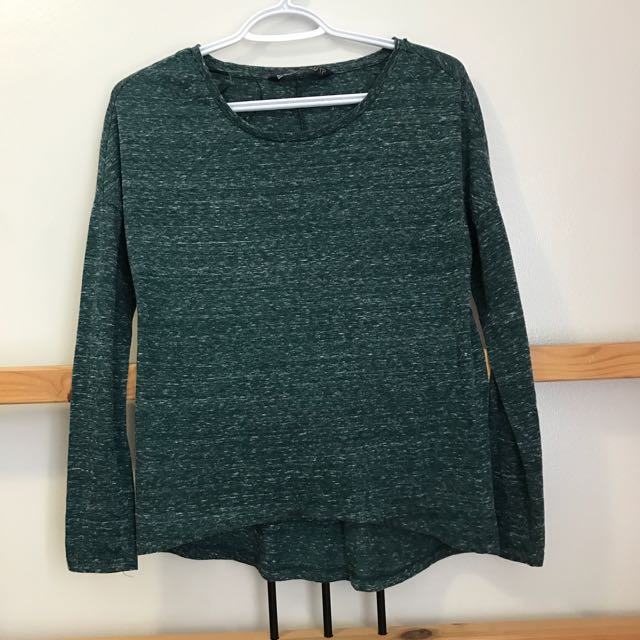 Green Long Sleeved Top