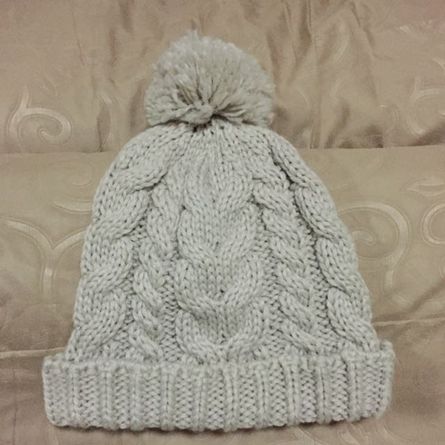 H&M knitted beanies with pompom