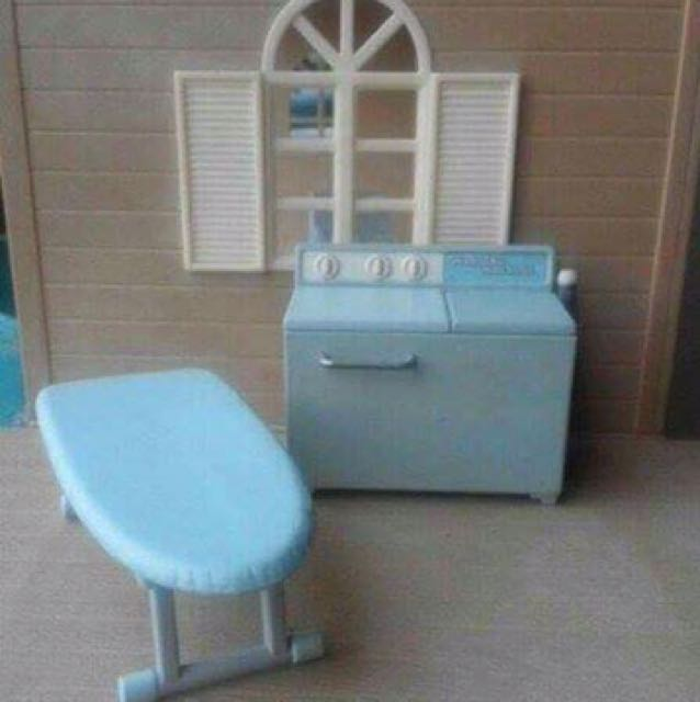 Iron Board and Washing Machine (Fit for Sylvanian Family)