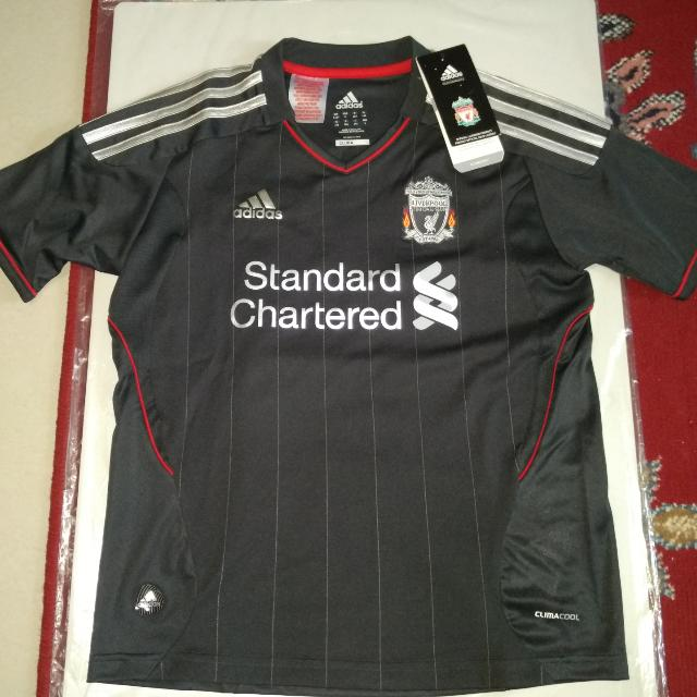 f30d42636f4 Liverpool Away Youth - Kuyt  18