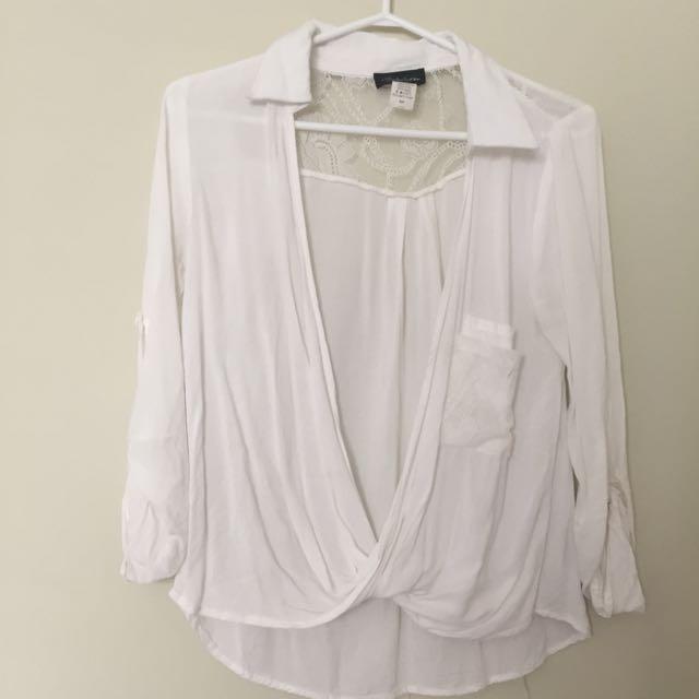 Low-neck Shirt
