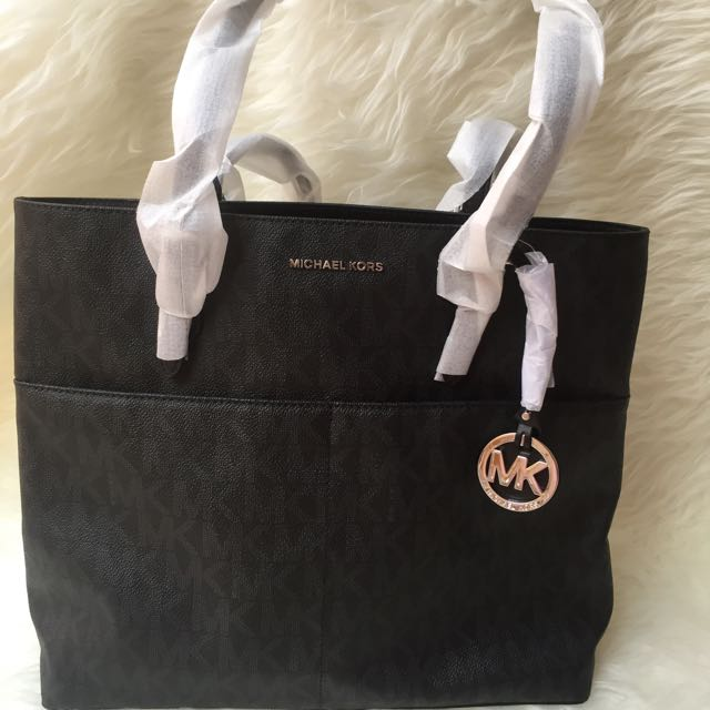 Michael Kors Bedford Pocket Tote