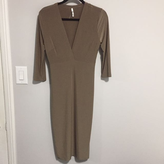 Olive Green Lightweight Bodycon Dress With Plunged Neck Line