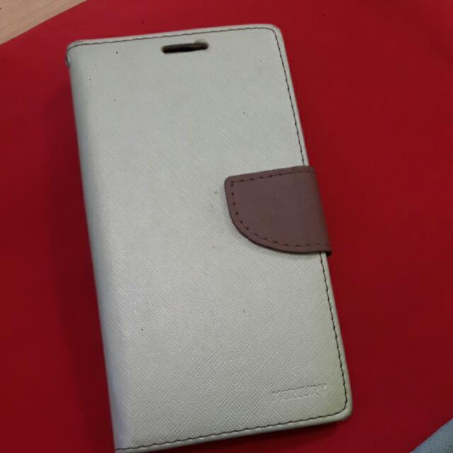 Samsung A8 Flipcover