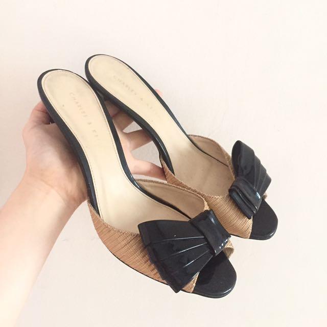 Sepatu High Heels Charles And Keith Pita (Harga Bisa Nego)