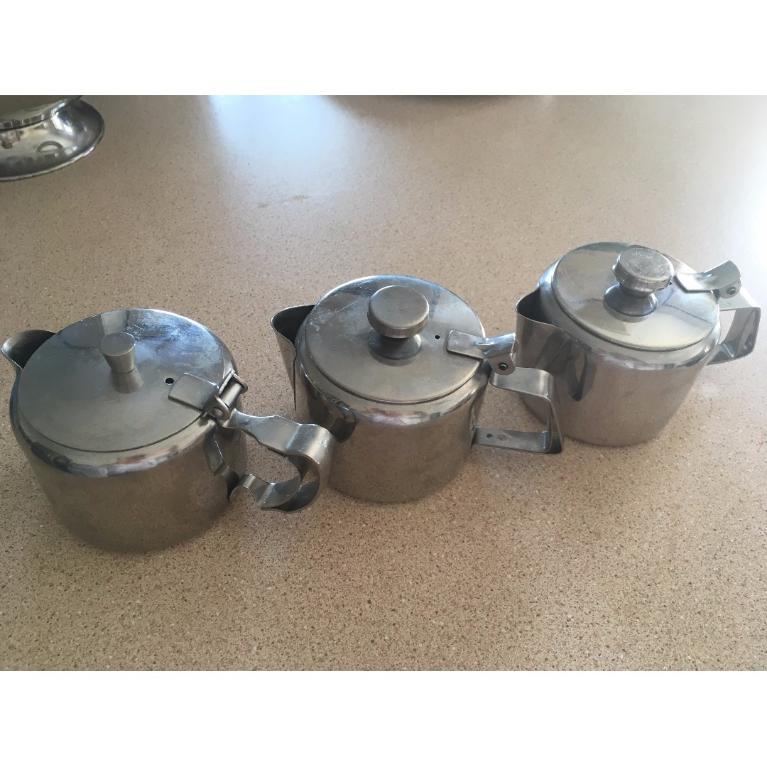 stainless steel set of 3 cream/milk saucers