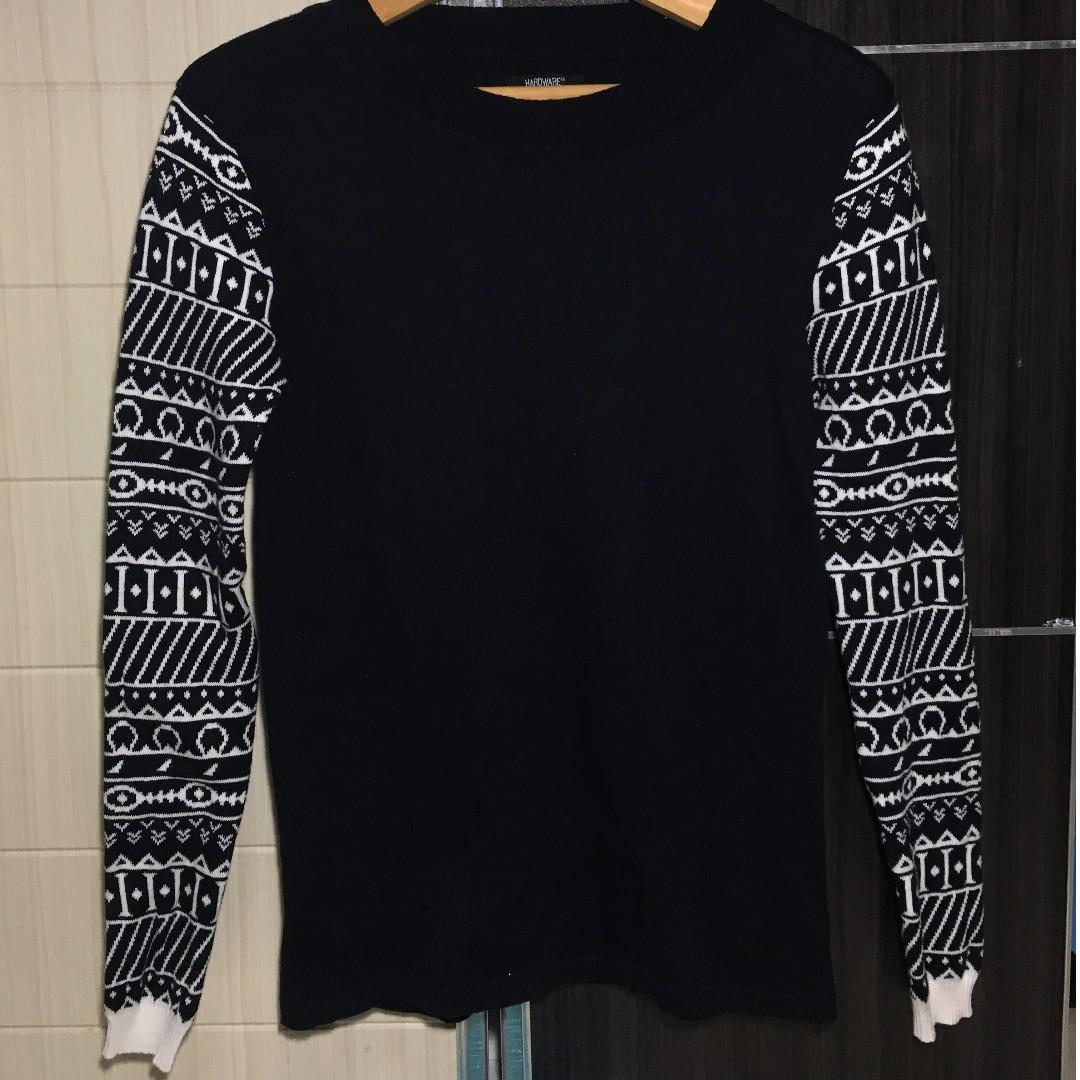 sweater navy tribal bergaris