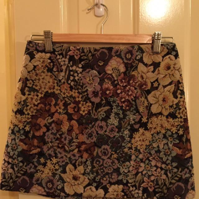 Tapestry Mini Skirt (size 6)