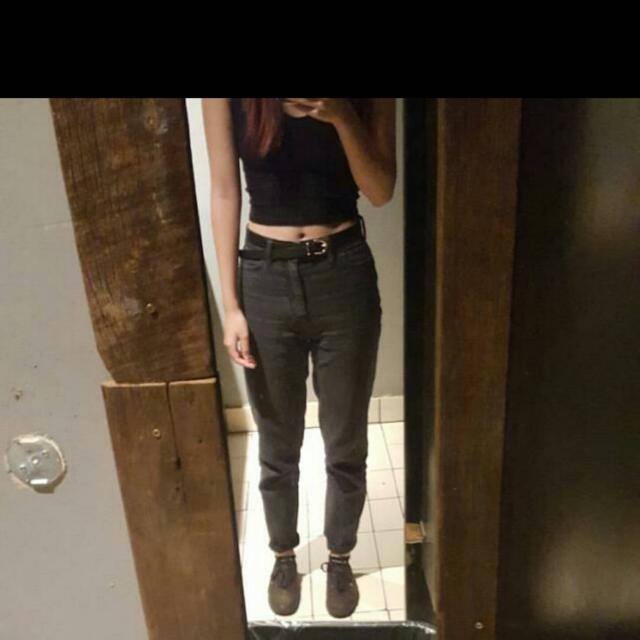 UO Mom Jeans Size 24