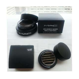 MAC Spellbinder Eyeshadow (Gold&black)