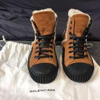Authentic Balenciaga Sneakers Size EU37