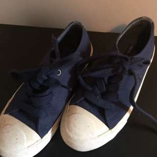 Boy's Polo navy sneakers - size 1