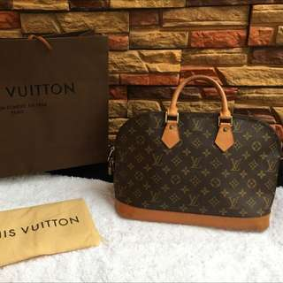 Louis Vuitton Alma Monogram Authentic