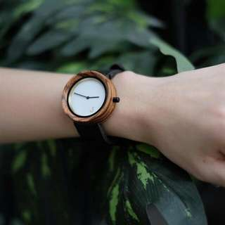 Men's Wooden Watch with Leather Strap