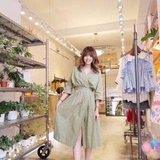 韓國現貨野餐和風格紋洋裝 Lovebabytwins 小首爾商行 Suiza