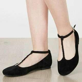 Jual Rugi Sepatu Sendal Nicholas Edition