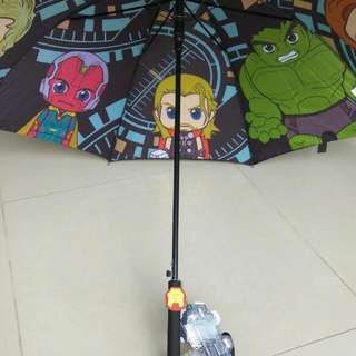 Super Hero MARVEL AVRNGERS 超人傘 有Thor, Iron Man, Hulk 原價$169 現六折出售$100