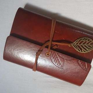 Leaf Travel Notebook (Maroon)