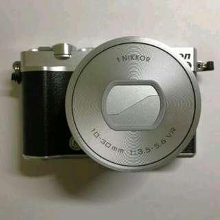 Nikon Mirrorless J5